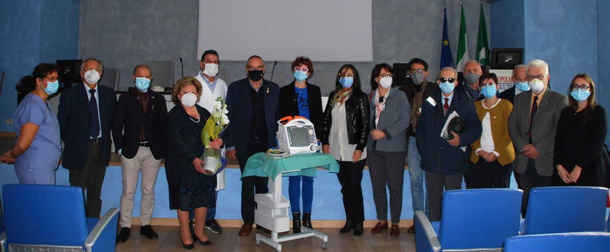 donazione lions defibrillatore ospedale crema